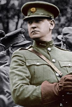 Michael Collins was an Irish patriot. He was a hero to many Irish people. Brave, loyal, and filled with a great love for his country, he was willing to do anything to help them. Even if it meant sacrificing himself. Michael Collins, Ireland 1916, Irish Independence, Irish Republican Army, Irish People, Erin Go Bragh, Irish Celtic, My Heritage, The Past