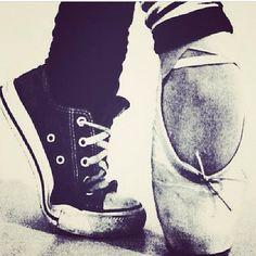 Converse ou chausson de danse