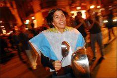 Primer cacerolazo del 2012. Clarín.com