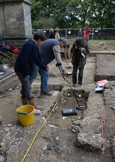 Time Team in Salisbury by Wessex Archaeology, via Flickr