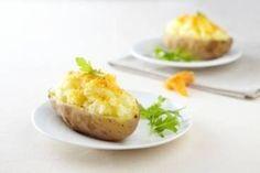 Découvrez cette recette de Pomme de terre en robe des champs et mimolette expliquée par nos chefs