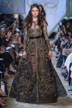 a28492301 Covet Fashion, Móda 90. Let, Módní Přehlídky, Elie Saab Couture, Šaty