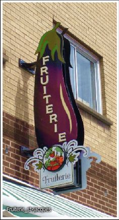Sign Fruit Store.
