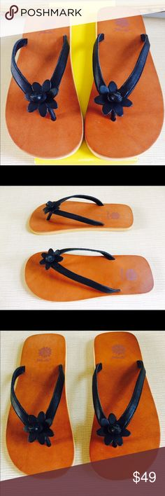 ff98a7223 YELLOW BOX Leather Flower Flip-Flop Sandals SALVATORE FERRAGAMO Boutique  Fraser Black Shoes. Size 8. New with Box. Insole camel leather. Outsole  yellow foam ...