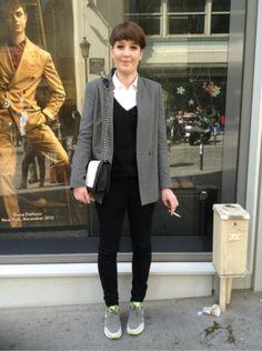 ZARA Veste - NIKE Baskets, sneakers - H&M Pochette, minaudiere #women #mode #look #streetstyle http://moodlook.com/look/2014-04-22-france-paris-26