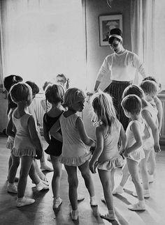 be a dance mentor
