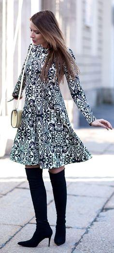 Black And White Ethnic Print Midi Dress #Fashionistas