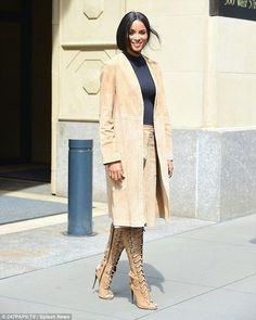 Ciara's runway ready as she steps out in gladiator-style suede boots - Celebrity Fashion Trends