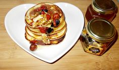 Dimineata BeeNuts | Camelia scrie ... Pancakes, Blog, Breakfast, Morning Coffee, Pancake, Morning Breakfast, Crepes