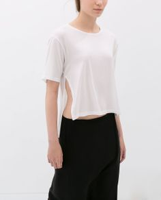 Image 2 of SHORT-SLEEVED T-SHIRT from Zara