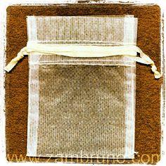 Busca en Zambruno.com las bolsa #organza para #bodas #Manualidades #DIY de #organza podrás poner en #arroz para tu #boda, guardar los #pendientes #collares #pulseras.  visita www.zambruno.com y en el buscador escribes Q896001 o Q896002, previamente tienes que registrarte para saber los precios, saludos.