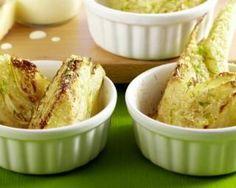 Artichauts légers au parmesan à picorer : http://www.fourchette-et-bikini.fr/recettes/recettes-minceur/artichauts-legers-au-parmesan-picorer.html