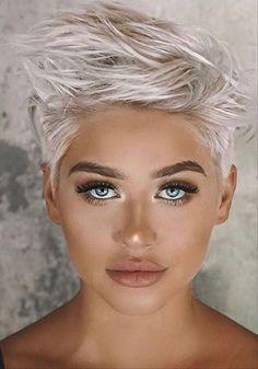 Short Textured Hair, Edgy Short Hair, Pixie Haircut For Thick Hair, Haircuts For Fine Hair, Short Hair Cuts For Women, Thin Hair, Stylish Short Haircuts, Short Spiky Hairstyles, Square Face Hairstyles