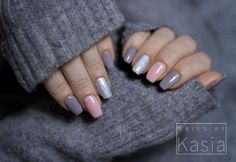One more winter option for nail design. Here are three nail polishes are used to make a contrast view. Use