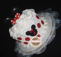 Smash in the cake