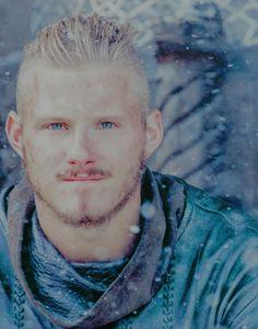 Vikings — madamelamarquys: Bjorn Ironside