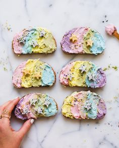 Have you seen some seriously colourful toast popping up in your Instagram feed lately? Some are calling it unicorn toast and we're 100% on board.
