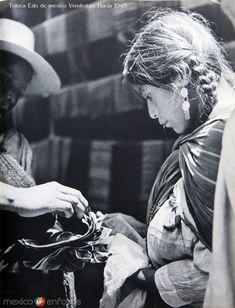 Fotos de Toluca, México, México: TIPOS MEXICANOS Toluca Edo de mexico Vendedora Hacia 1945