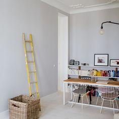 Prenzlauerberg apartment by Sophie von Bülow / @Dezeen magazine magazine | #caserio