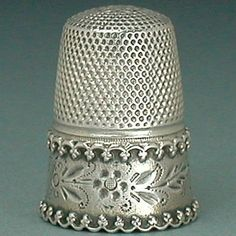 Lovely-Antique-Silver-Thimble-w-Lacy-Floral-Band-Circa-1890s