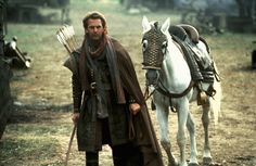 Robin Hood: Prince of Thieves - Kevin Costner - he had a terrible accent (Well, a non-existent one actually. Where were voice and accent coaches back then?), but he was a nice looking Robin! Kevin Costner, Fantasy Male, Movies And Series, Tv Series, Movie Costumes, Middle Ages, Archery, Character Inspiration, Behind The Scenes