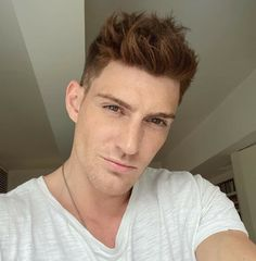 Danish Men, Ginger Boy, Hair Color Shades, Gorgeous Men, Beautiful, Hot Guys, Natural Hair Styles, Handsome, Celebrities