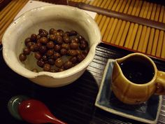"Photo : "" Mitsumame "" "" #Mitsumame : みつまめ "" was made at Edo preiod for children. After that, "" #Azuki-Bean-Jam "" added on "" Mitsumame "" and it was called Anmitsu.  Weekly Galapadish News : Anmitsu/Mitsumame&Kanten"