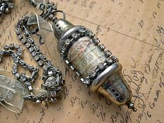 Tutorial. Fabulous necklace made from salt and pepper shakers - by Katalina Jewelry...thrift shop salt and peppers tutorial...great how-to directions