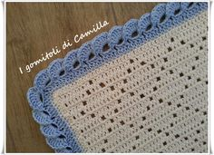 So beautiful! (Shows how to do the border, and has a link to the blanket. patterns are not in English) Baby Afghan Crochet, Manta Crochet, Crochet Bebe, Tunisian Crochet, Filet Crochet, Crochet Stitches, Knit Crochet, Diy Crochet Patterns, Knitted Blankets