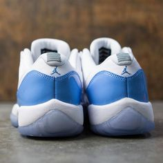 788fd51dc95 Air Jordan 11 Retro Low (GS) Big Kids (white   university blue)