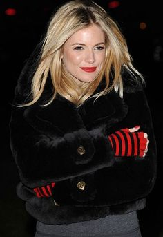 Sienna Miller spotted in London wearing LBC fingerless gloves All Black Fashion, Fashion Looks, Holy Chic, Sienna Miller, Burberry Prorsum, Fashion Gallery, Faux Fur Jacket, Red Lips, Cold Weather