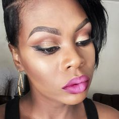Preen.Me VIP Tynea M completes this sultry night out look with ombre lips using her gifted AVON True Color Perfectly Matte Lipsticks in Hot Plum and Perfectly Nude. Click through to check out these fabulous shades. #AvonFreebie