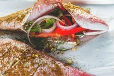 Whole Red Snapper Recipes, Whole Fish Recipes, Grilled Fish Recipes, Seafood Dishes, Fish Dishes, Seafood Recipes, Cooking Recipes, Seafood Meals, Greek Dishes