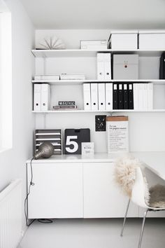 Productivity expert Laura Stack shares her favorite home office organization tips, while still keeping things stylish! She shares some of her favorite home office pieces, and clever ways to hide the clutter. See how you can get organized, too. Tiny Home Office, Home Office Space, Home Office Desks, Office Spaces, Office Furniture, Interior Ikea, Office Interior Design, Office Interiors, Office Organization Tips