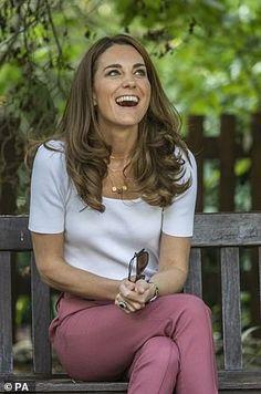 Princess Katherine, Princess Kate, Princess Charlotte, Duchess Kate, Duchess Of Cambridge, Duke And Duchess, Middleton Family, Kate Middleton Style, Kate Middleton Parents