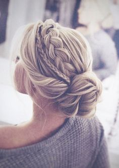 Frisuren Hochzeit - hairstyles for long hair - Hochzeitsfrisuren-braided wedding updo-Wedding Hairstyles Ball Hairstyles, Homecoming Hairstyles, Box Braids Hairstyles, Trendy Hairstyles, Popular Hairstyles, Formal Hairstyles For Short Hair, Drawing Hairstyles, Fringe Hairstyles, Beautiful Hairstyles