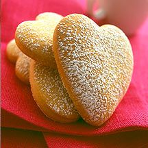 weight watchers orange sweetheart cookies - 2 Points each Weight Watcher Desserts, Weight Watcher Cookies, Plats Weight Watchers, Weight Watchers Meals, Ww Desserts, Healthy Desserts, Healthy Recipes, Ww Recipes, Light Recipes