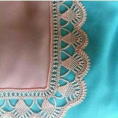 This Pin was discovered by HUZ Needle Tatting, Needle Lace, Needle And Thread, Seed Bead Tutorials, Beading Tutorials, Crochet Lace Edging, Crochet Stitches, Baby Knitting Patterns, Crochet Patterns