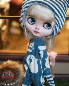 #blythecustom#blythegram #blythedress #blytheaday #blythelover #blythelove # #blytheclothes #blytheworld #blythehk #blythes #doll #dollstagram #dollphotography #dolls #dollmaker #ob11#blythe #blythedoll #blythestagram #ob #ob11