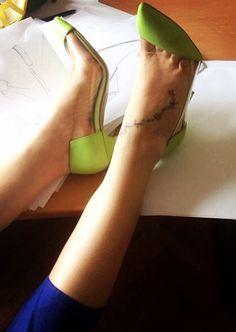 #pumps #fashion #shoes #sepala #mihaelaglavan #women #shoppingonline #green Pumps, Heels, Fashion Shoes, Green, Atelier, Heel, Pumps Heels, Pump Shoes, High Heel