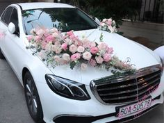 Wedding Flower Design, Wedding Flowers, Wedding Flower Arrangements, Floral Arrangements, Bridal Car, Wedding Car Decorations, Indian Flowers, Indian Wedding Fashion, Ideas