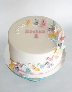 A butterfly cake for Elvira on her first birthday