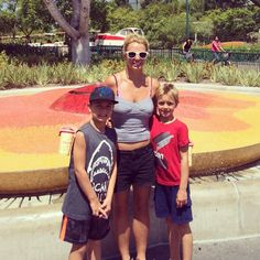 Britney Spears Takes Sons Sean and Jayden to Disneyland: Picture