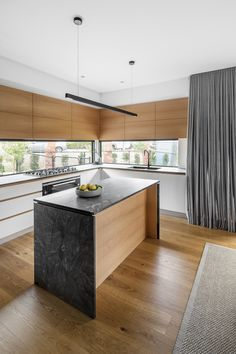 Box House by Paul Tilse Architects - Canberra Extension Architecture - The Local Project Modern Architecture House, Residential Architecture, Interior Architecture, India Architecture, House In Nature, Box Houses, Interior Design Kitchen, New Homes, Architects