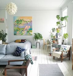 Small space living - open & airy!
