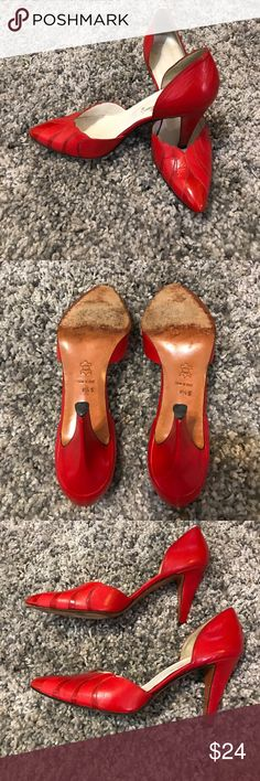 """Vintage Red Garolini Heels 👠 Made in Italy There is visible wear (see pictures!), still in great wearable condition! Stays Size """"8.5 S"""" on the under side. Minimal scuffing and creasing for their age, such fun heels! Garolini Shoes Heels"""