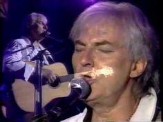 Hugues Aufray. Au Spectrum de Montréal, 1995.  @3:30/45 minutes