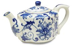 Decorative Floral Teapot, This porcelain teapot is artfully adorned with traditional blue-and-white flourishes for a timeless look that we love. Tea Cup Saucer, Tea Cups, China Vase, Modern Bathtub, Tea Brands, Chocolate Coffee, Chocolate Pots, Teapots And Cups, Tea Sets