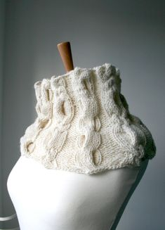 KNITTING PATTERN, cowl knitting pattern with cables, Instant download (04) Inspired by those cozy old time aran cable sweaters, I designed this cowl