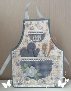 "Sentiment says ""Time for Pie"" in Dutch. Sewing Crafts, Sewing Projects, Cute Aprons, Sewing Aprons, Shaped Cards, Fancy Fold Cards, Kids Apron, Aprons Vintage, Marianne Design"